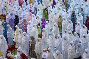 Ramadan Etiquette: 6 Tips for Non-Muslims
