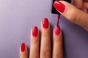 8 Steps to the Perfect At-Home Manicure